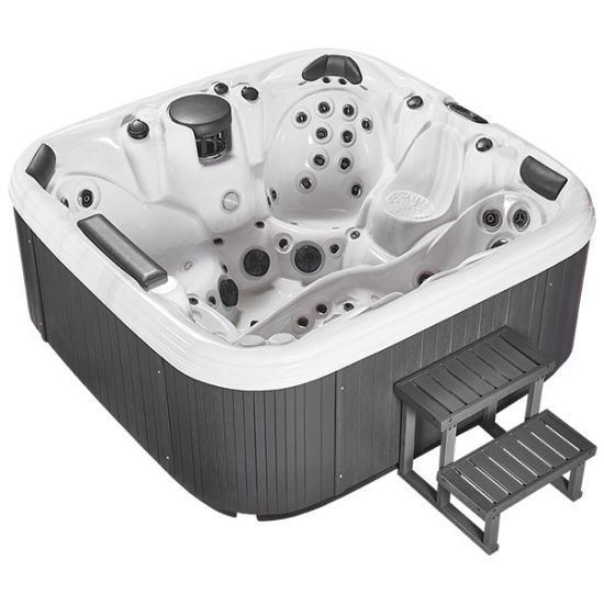 competitive hot tub